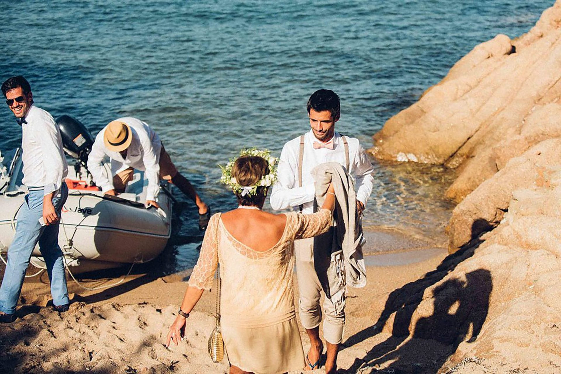 Aurelie and Thomas, barefoot wedding on the beach