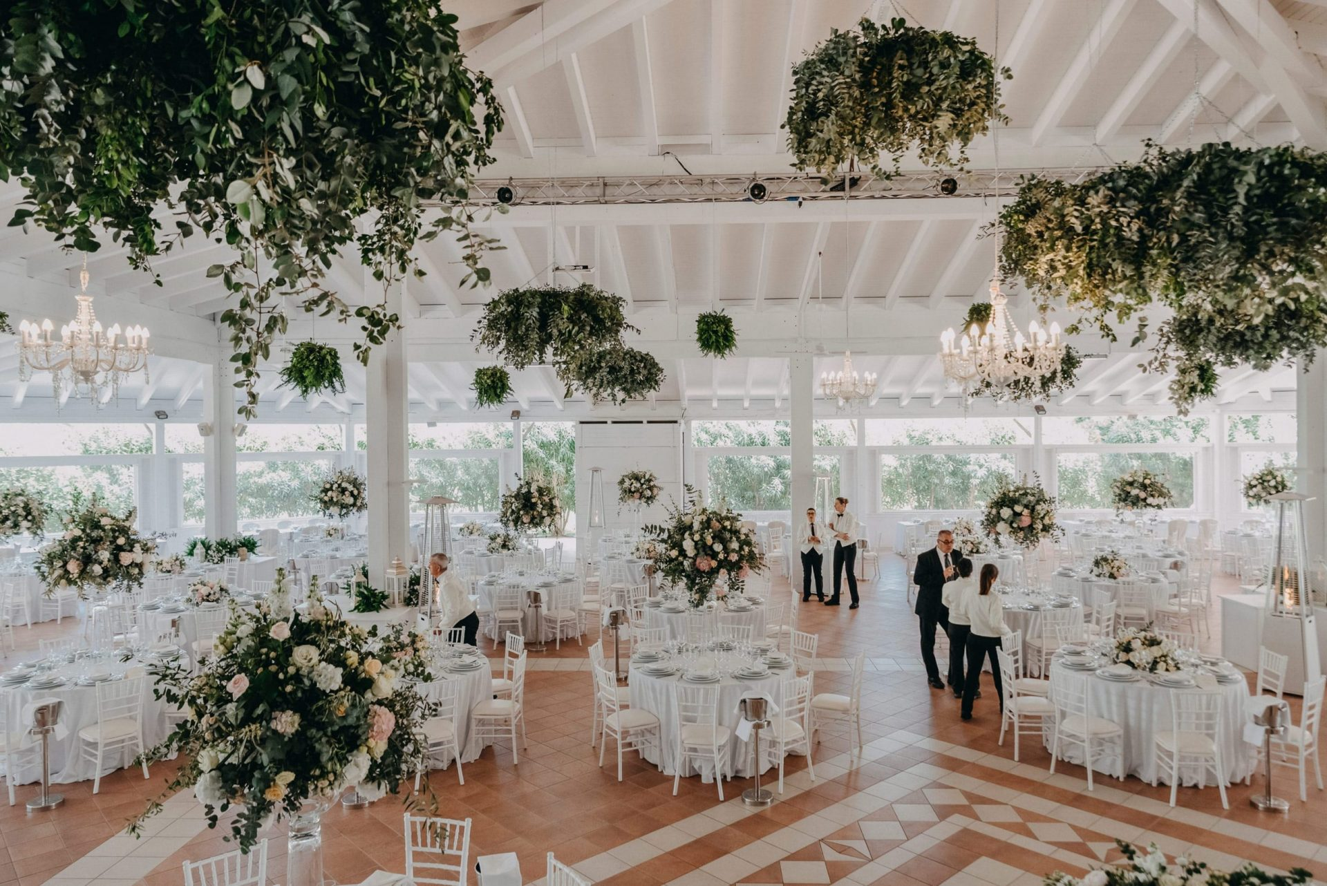 Giacomo and Federica, green sophisticated wedding reception
