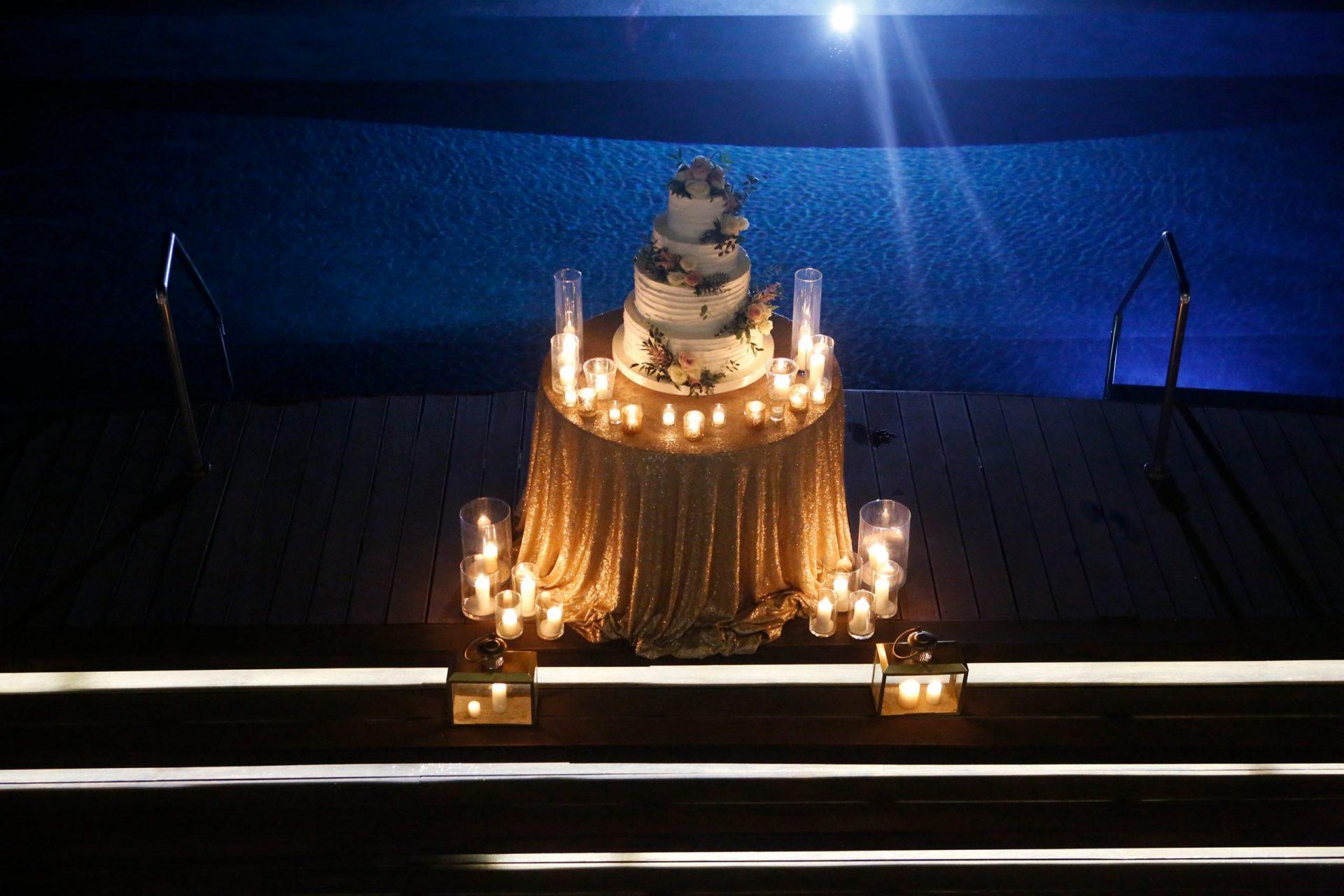 Gloria and Giovanni, the wedding cake table