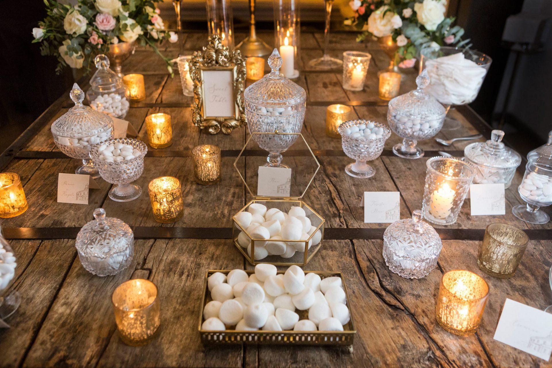 Gloria and Giovanni, elegant sweet table
