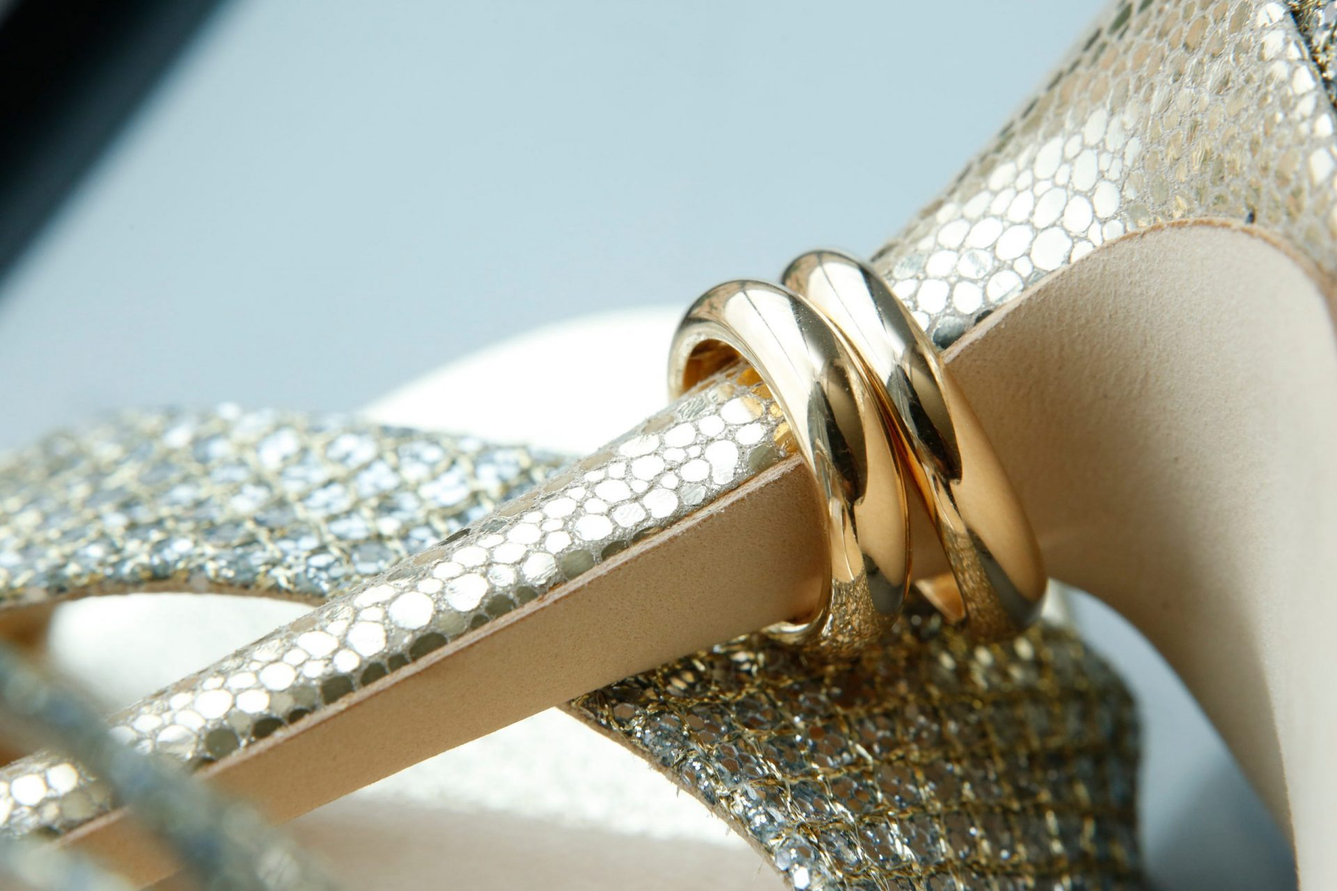 Gloria and Giovanni, wedding rings