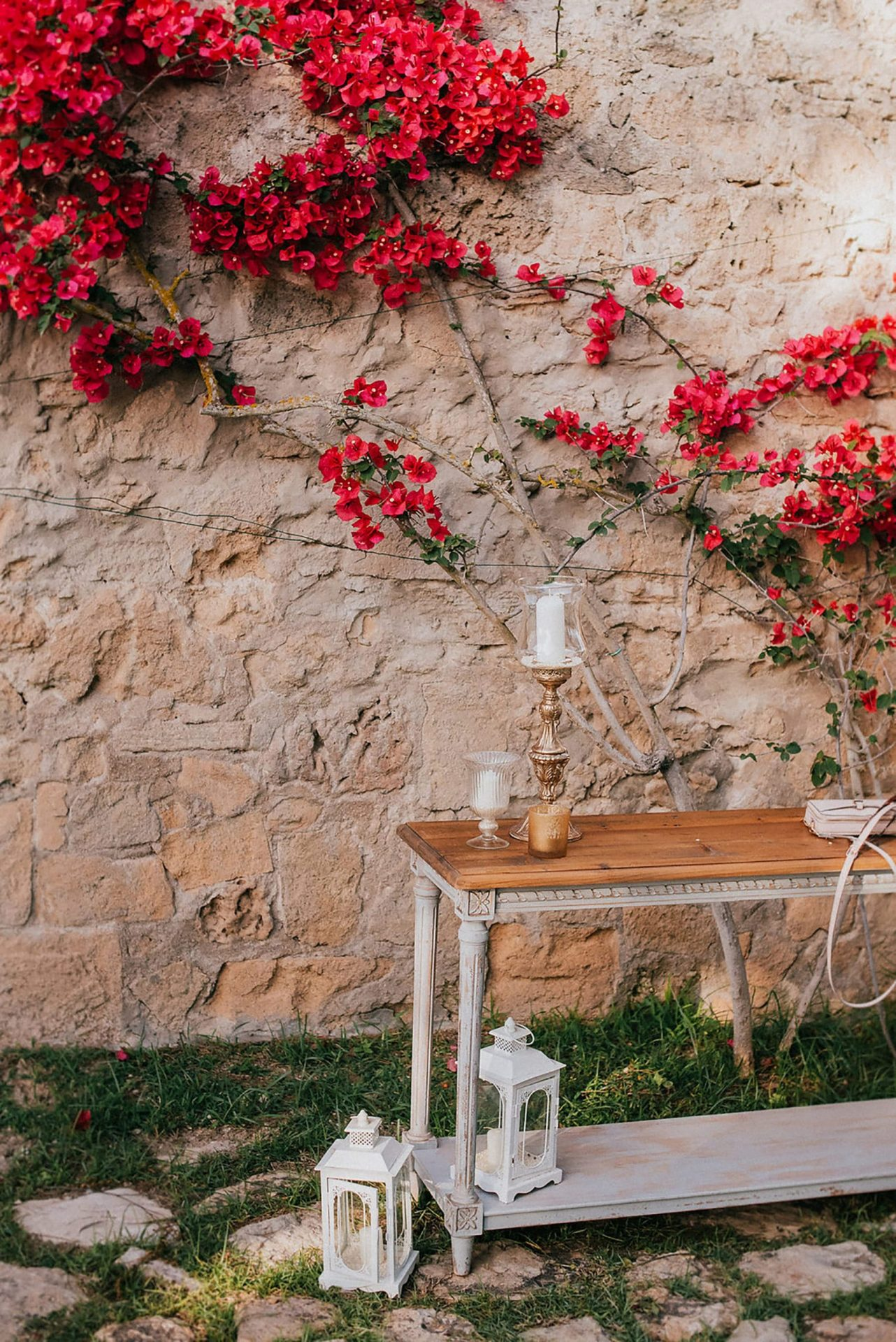 Ilaria e Giovanni, al fresco wedding reception in country style villa