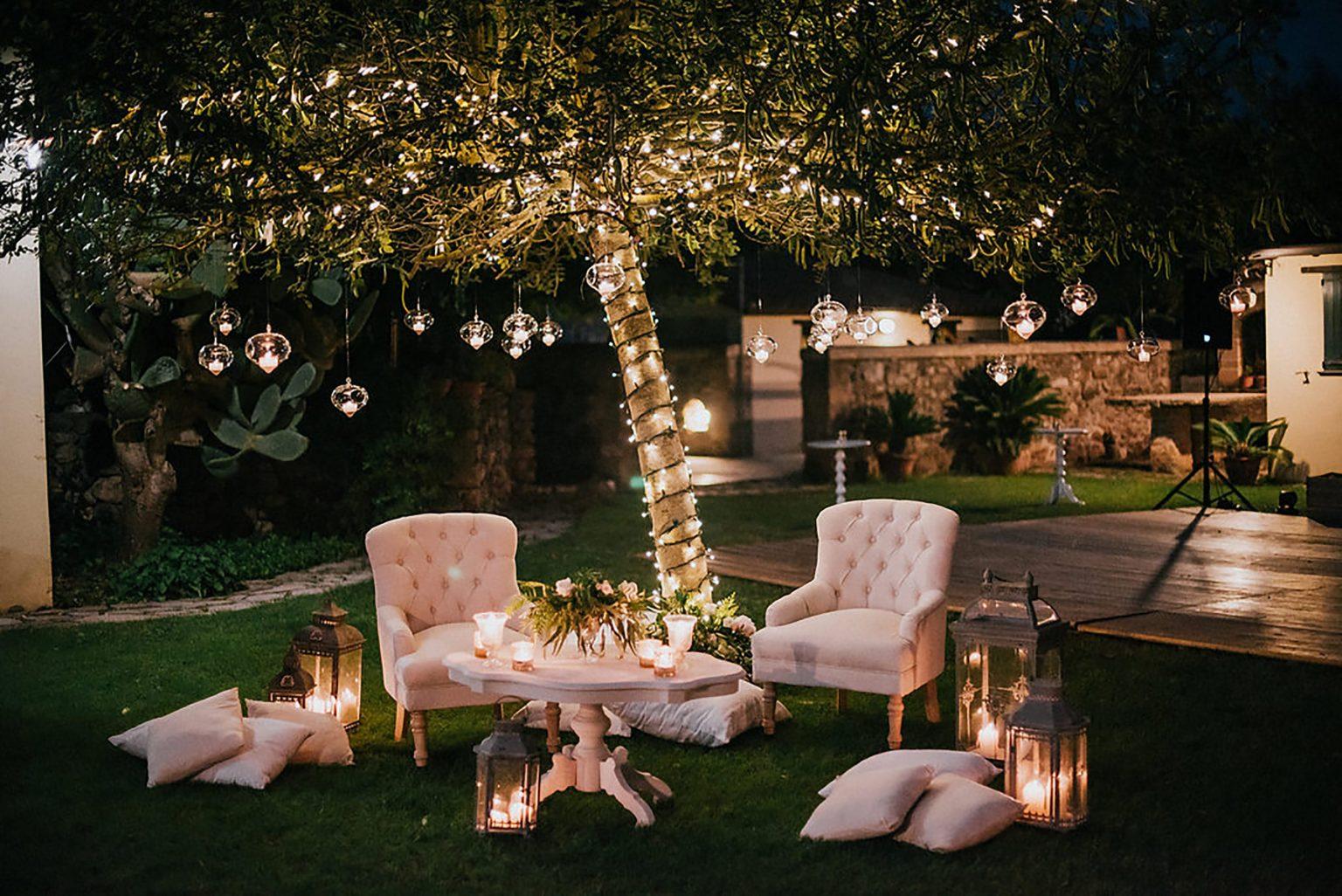 Ilaria e Giovanni, chic wedding lounge area