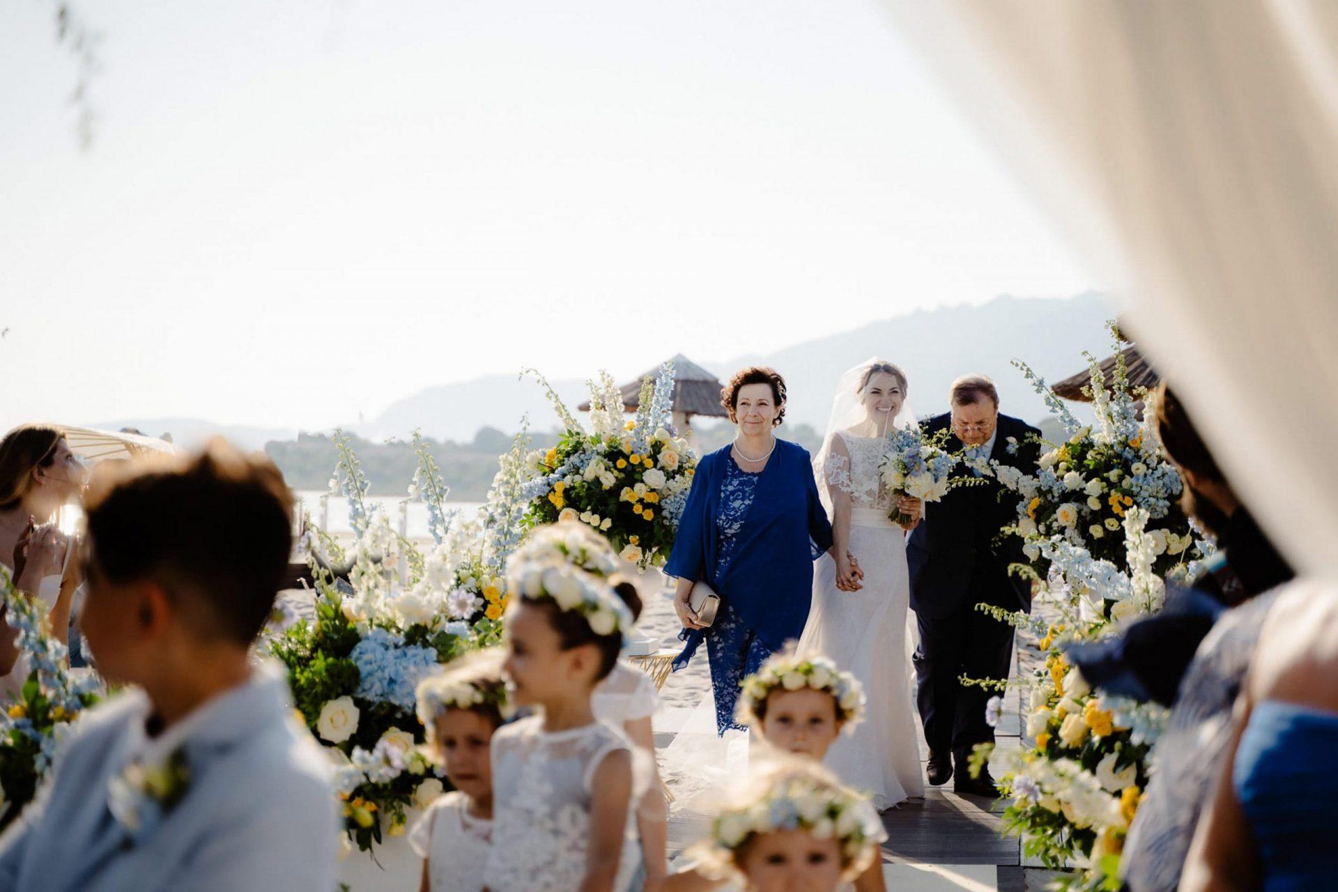 Linda and Enrico, the bride entrance