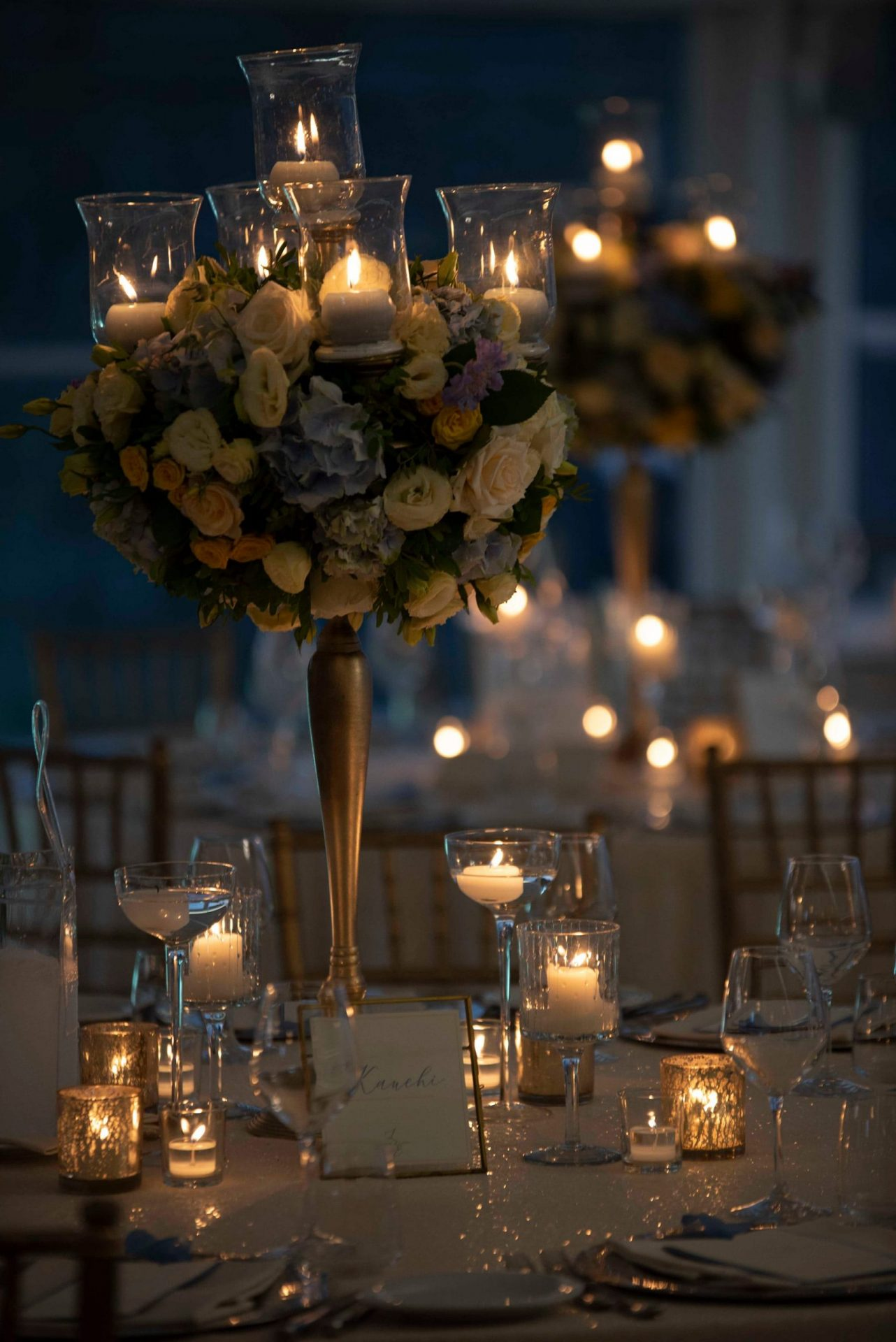 Linda and Enrico, tall flowers centrepiece