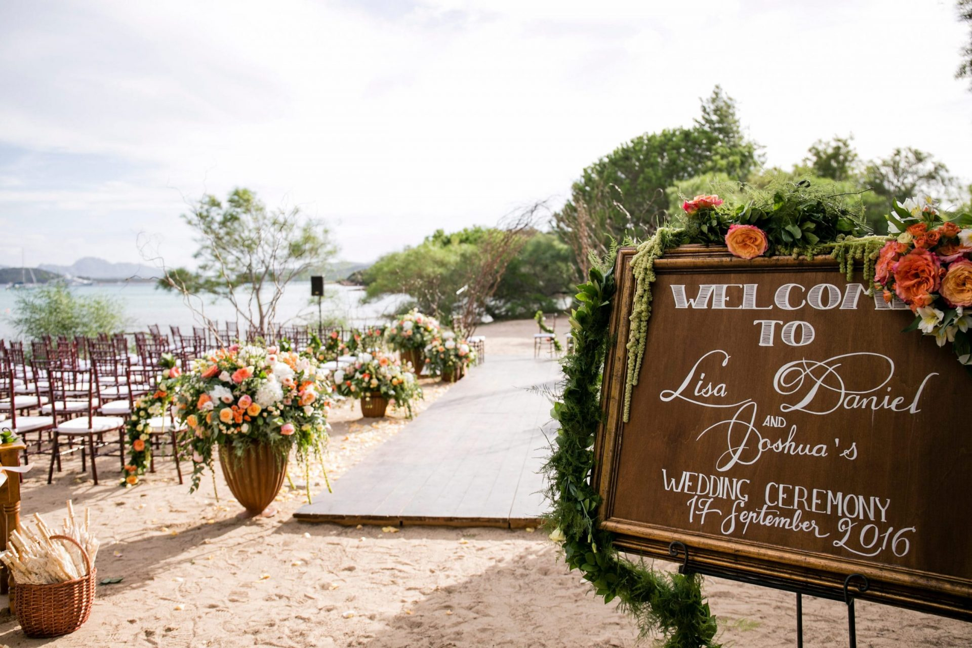Lisa and Daniel, luxury wedding in Cala di Volpe, welcome board