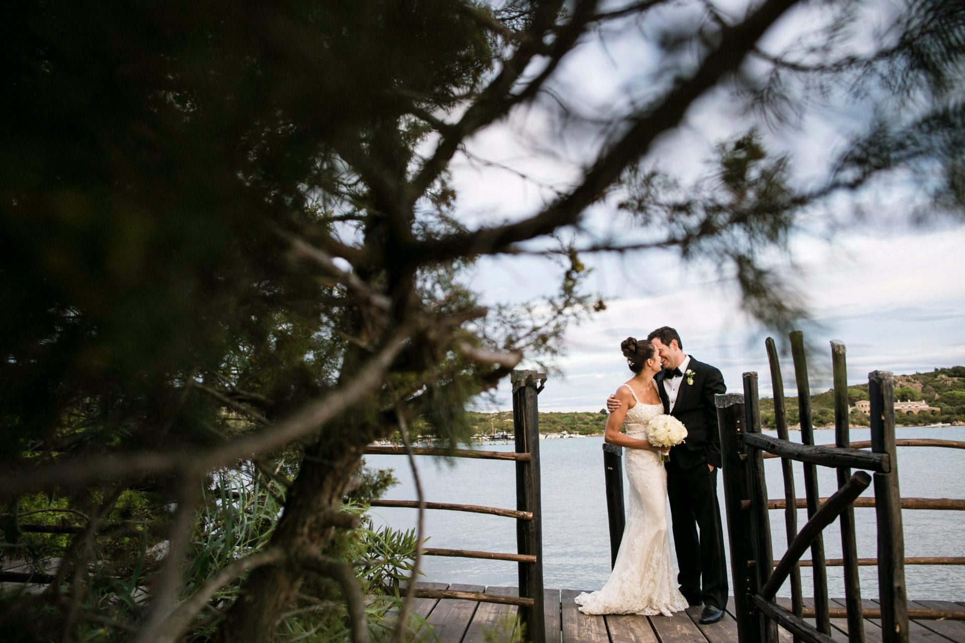 Lisa and Daniel, luxury wedding reception in Cala di Volpe, the bride and the groom