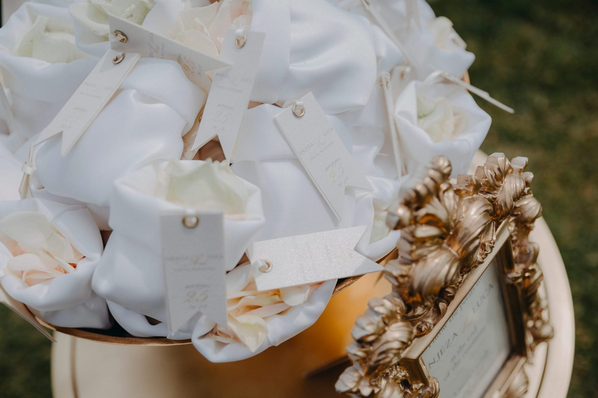 Luca and Anj, white petals sachets
