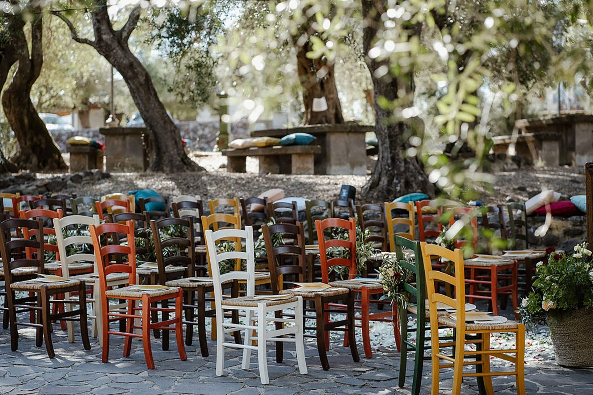 Marianna & Matteo, colourful country inspired ceremony