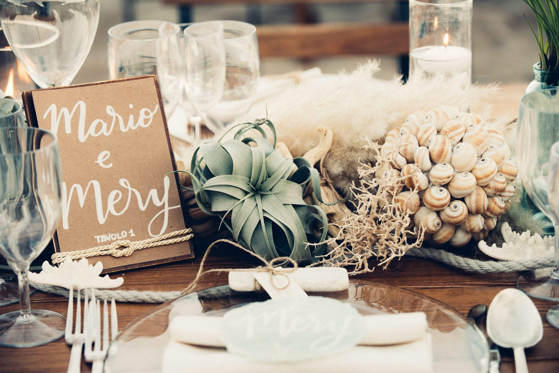 Mario and Mery, beach wedding table details