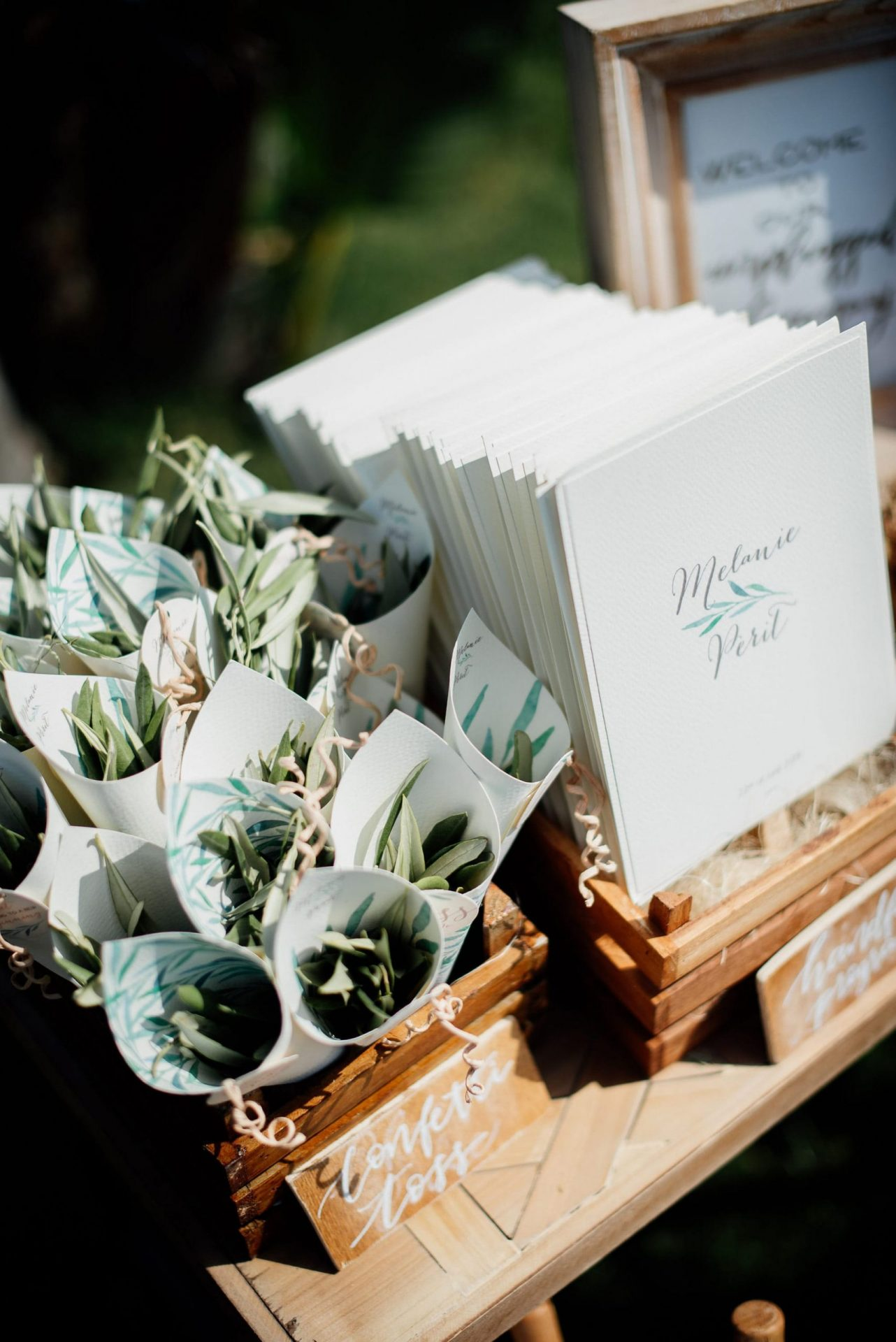 Melanie & Perit, olive leaves confetti station