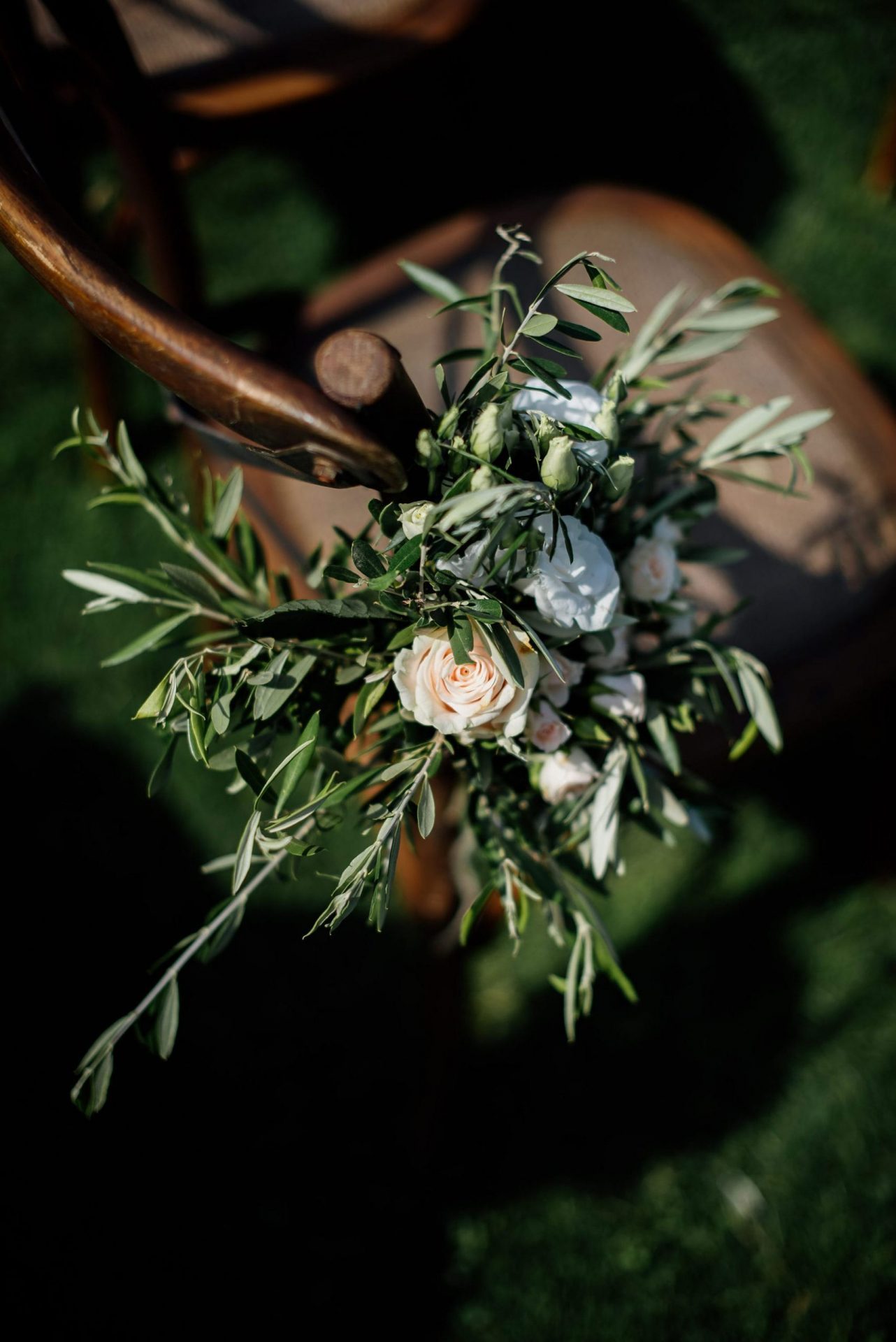 Melanie & Perit, bucolic and sophisticated greenery decoration