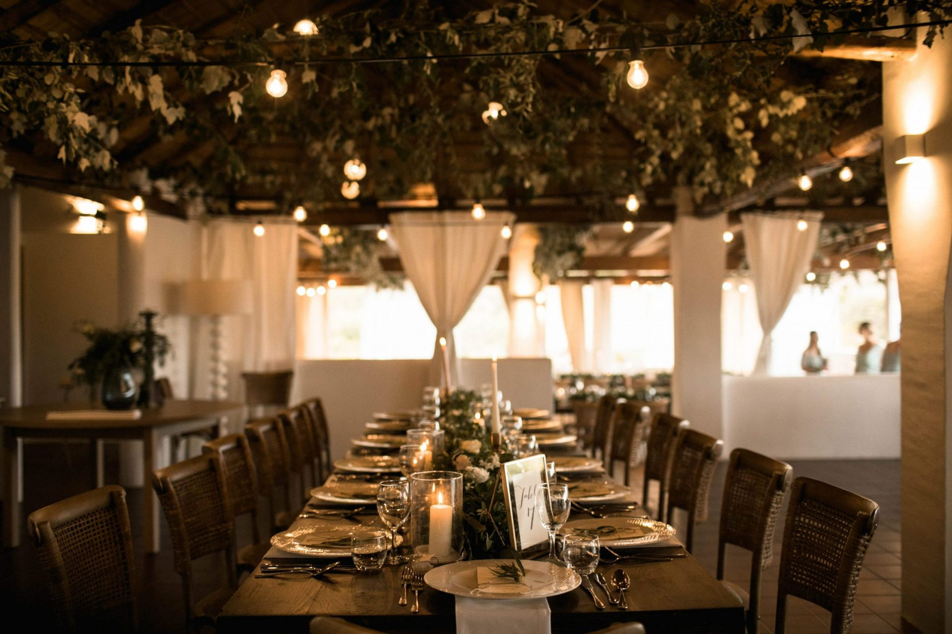 Melanie & Perit, greenery style wedding dinner