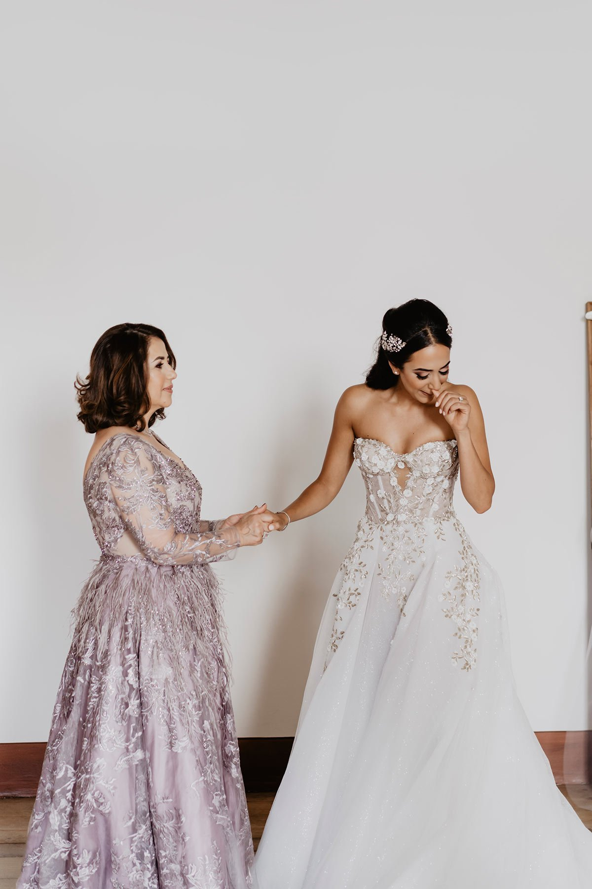 Ranya and Tarek, emotional moment, the bride and her mother