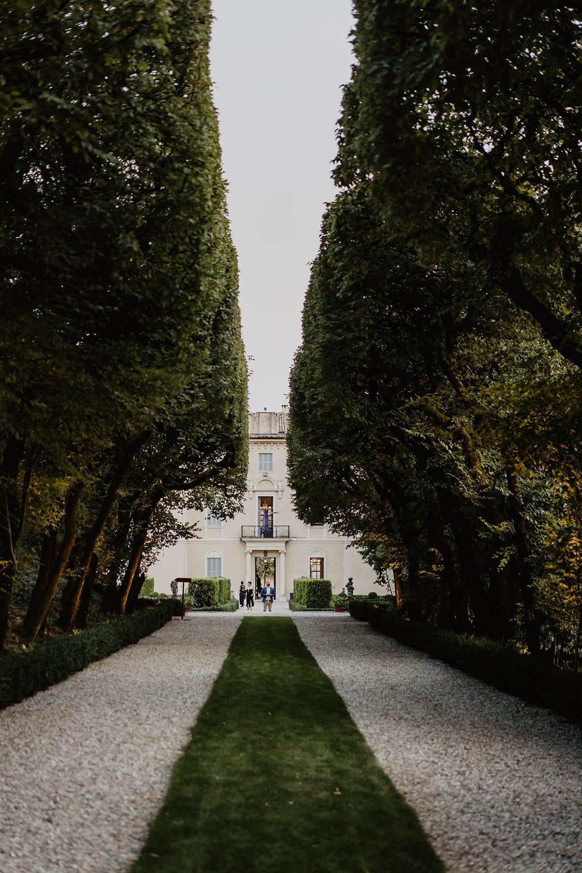 Ranya and Tarek, Italian garden wedding, trees avenue