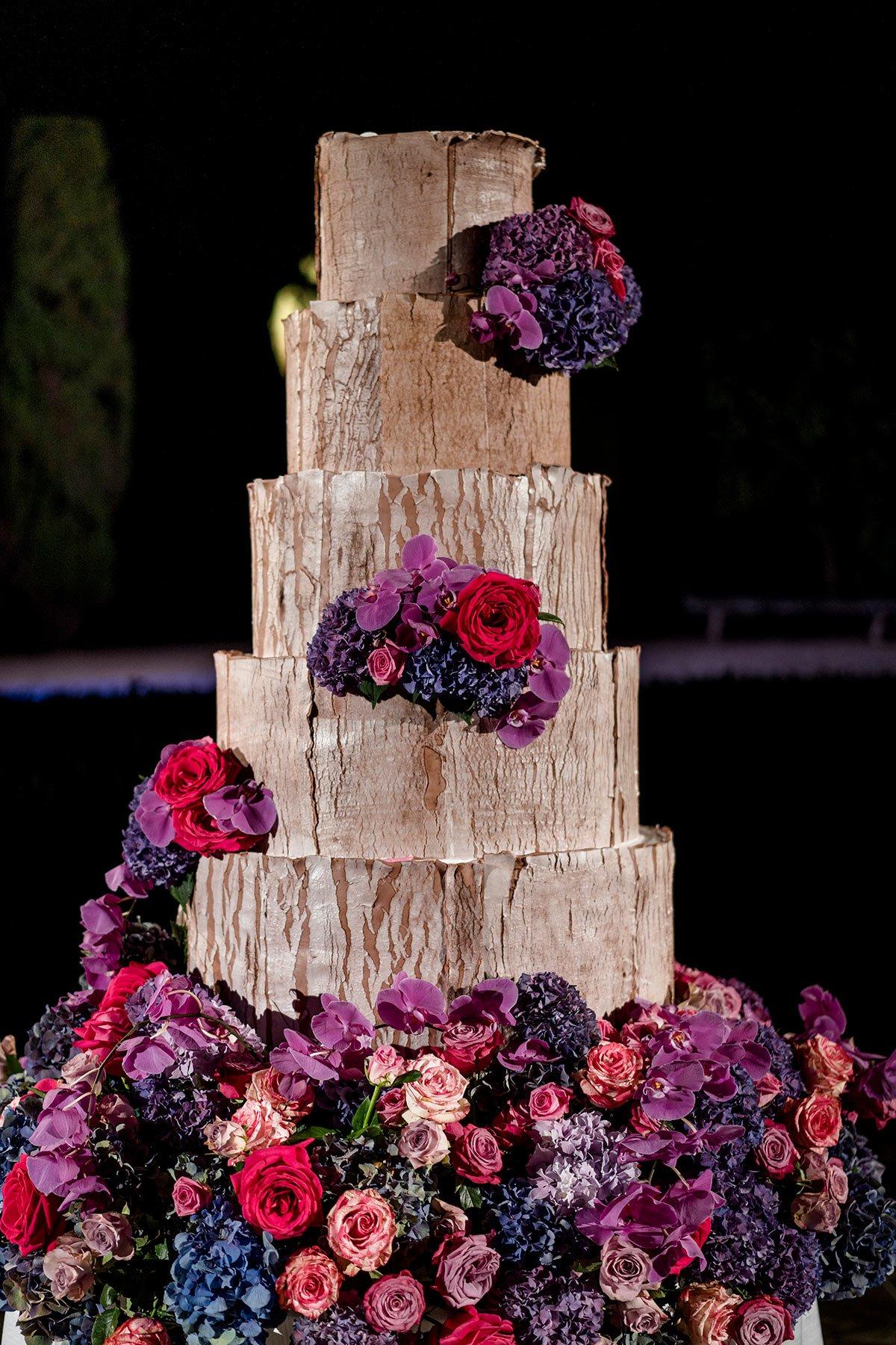 Ranya and Tarek, great wedding cake design