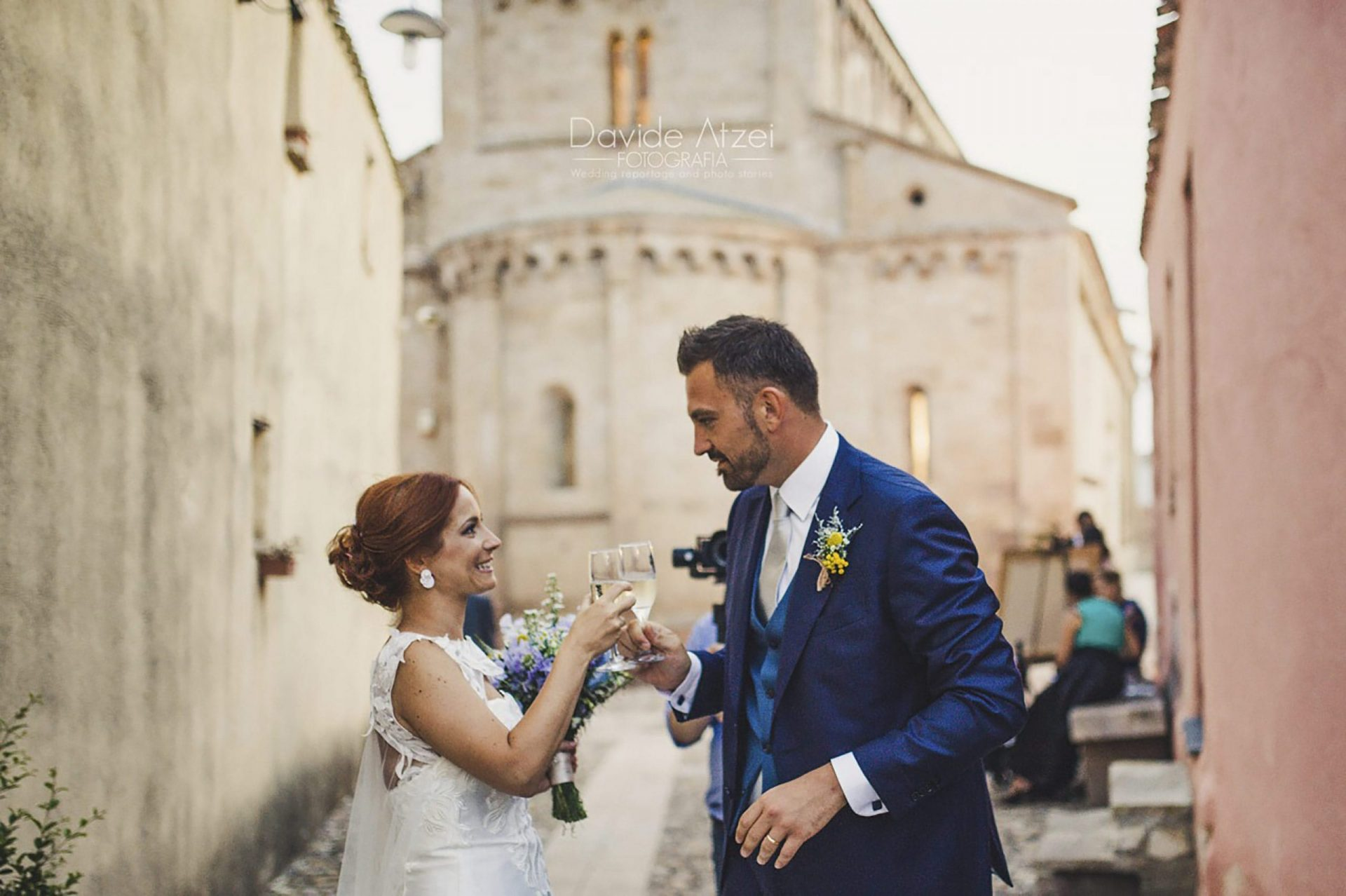 Sara and Leonardo, wedding in medieval village