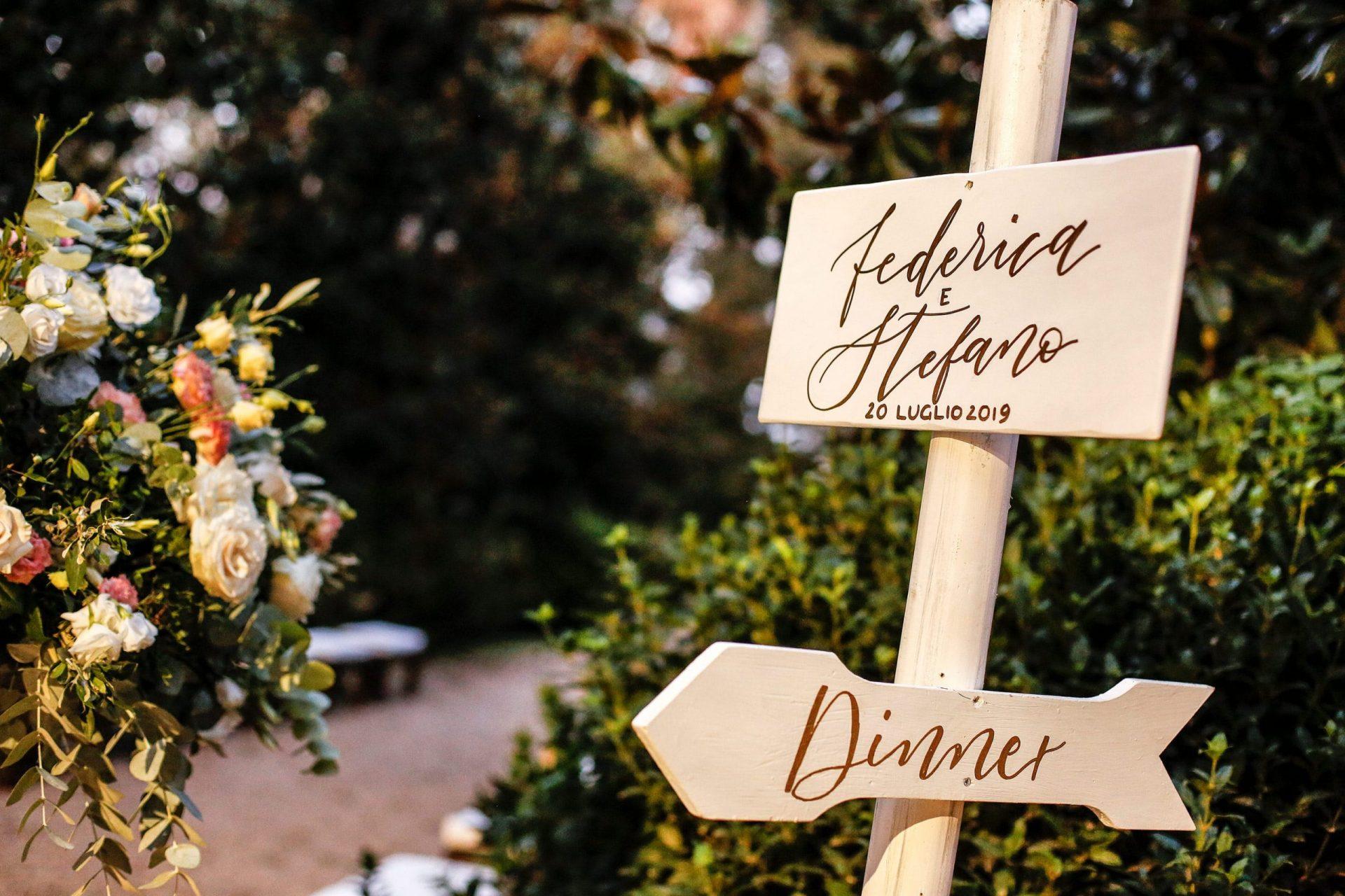 Federica and Stefano, historical villa in Cagliari, wedding signs