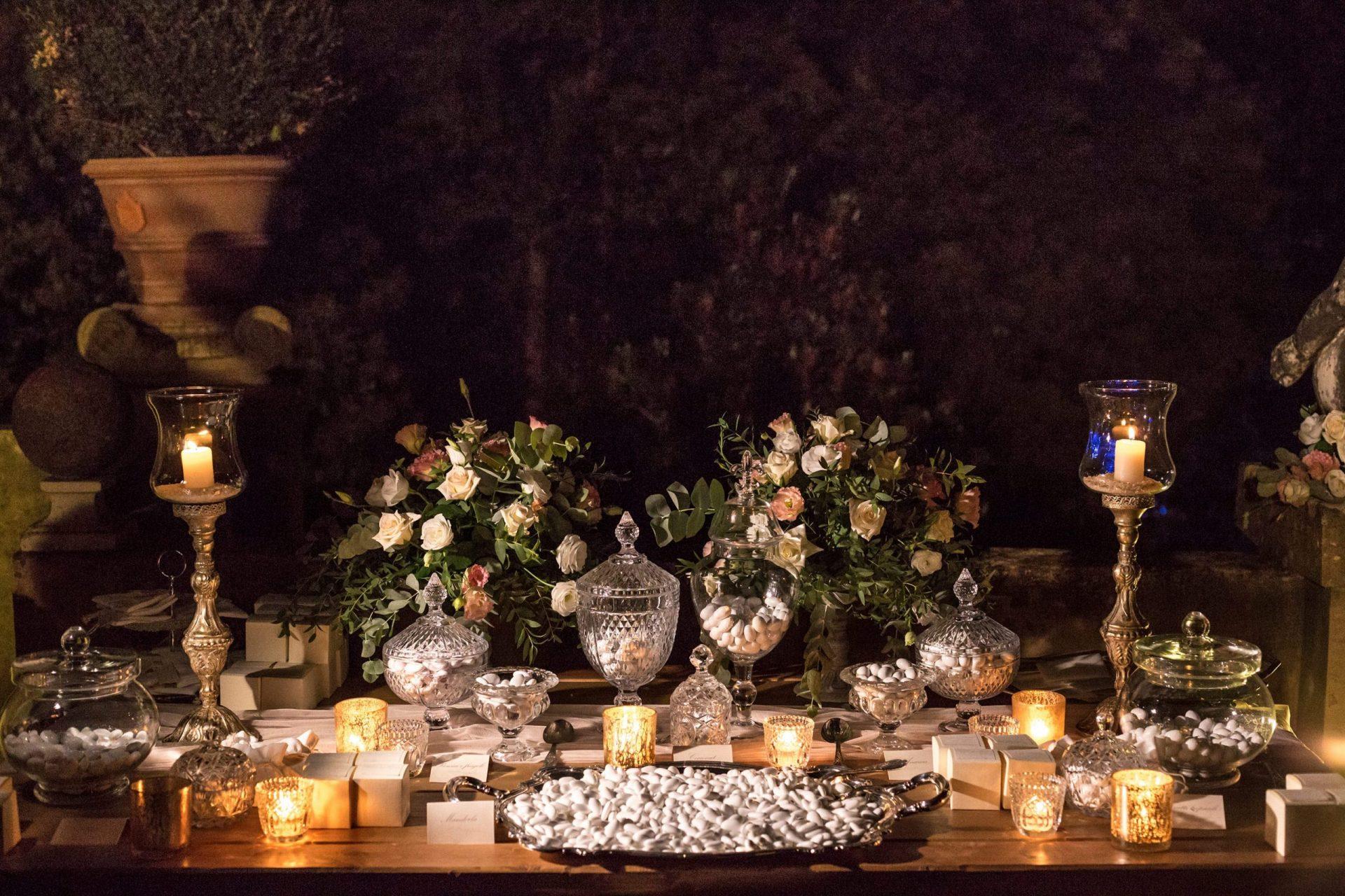 Federica and Stefano, elegant sweet table