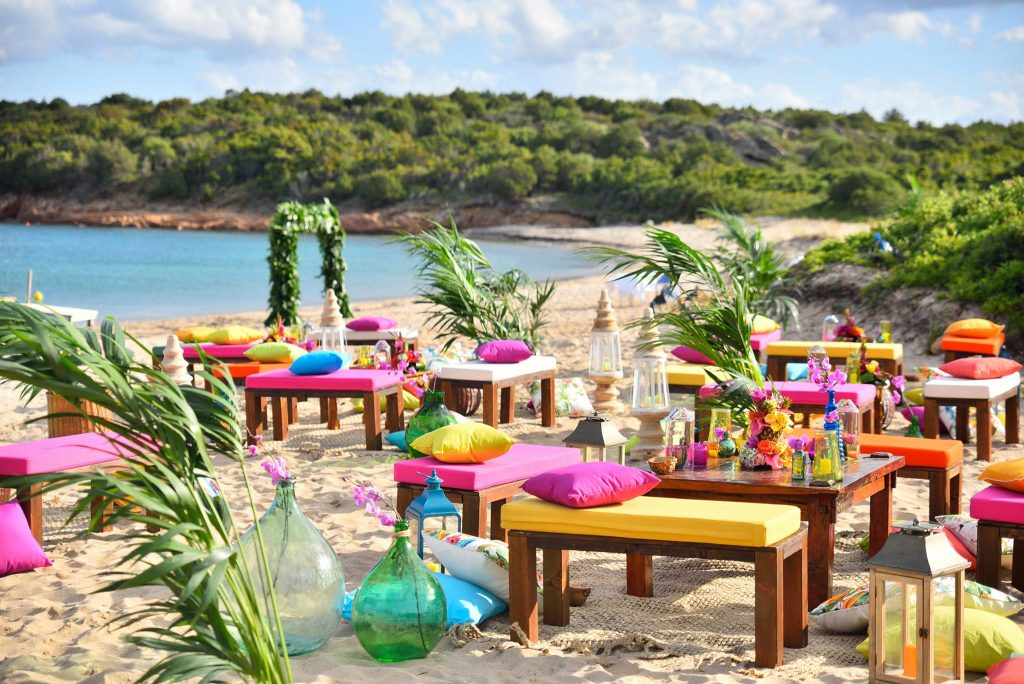Tropical party by the beach