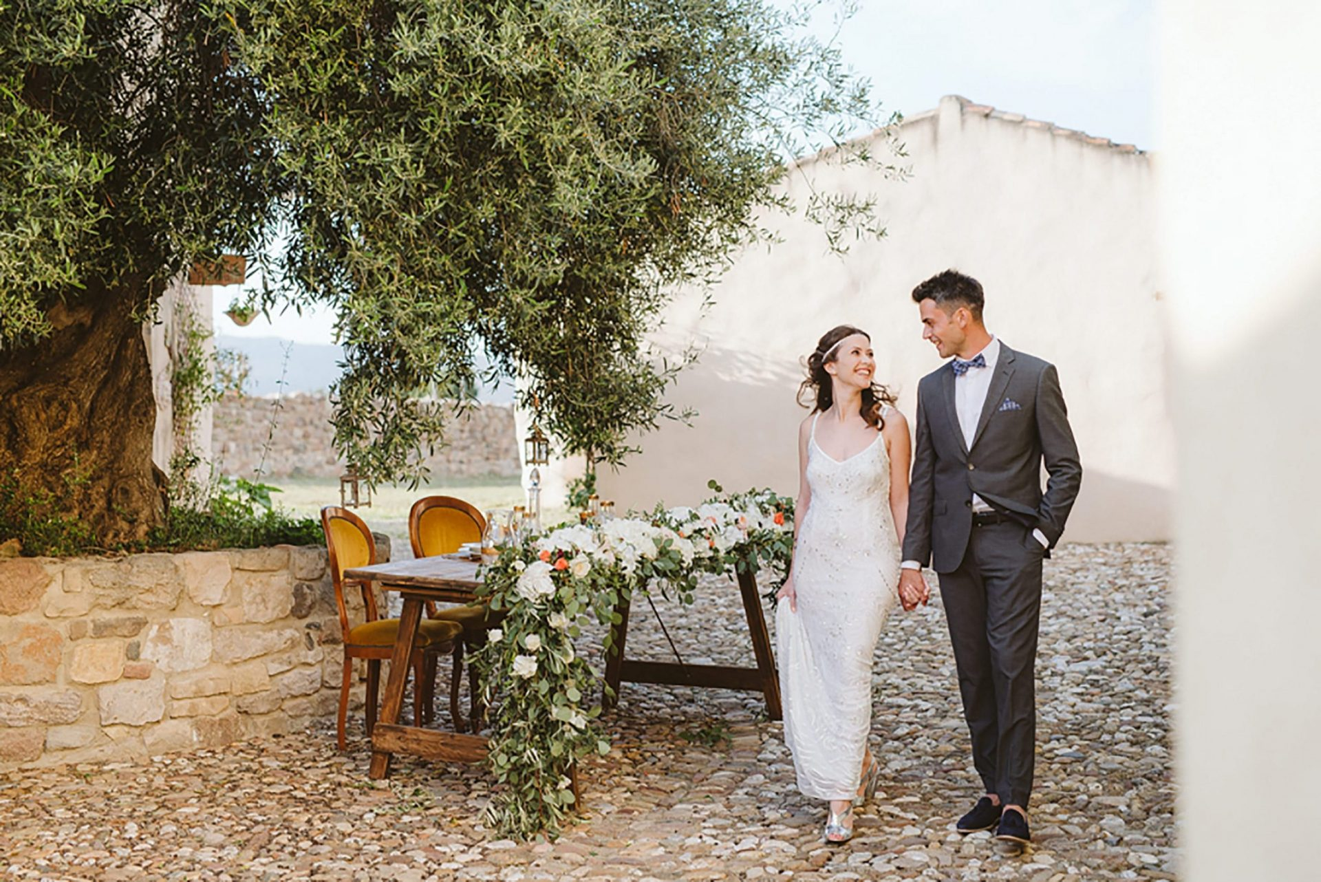 Elopement in Italy, ancient village