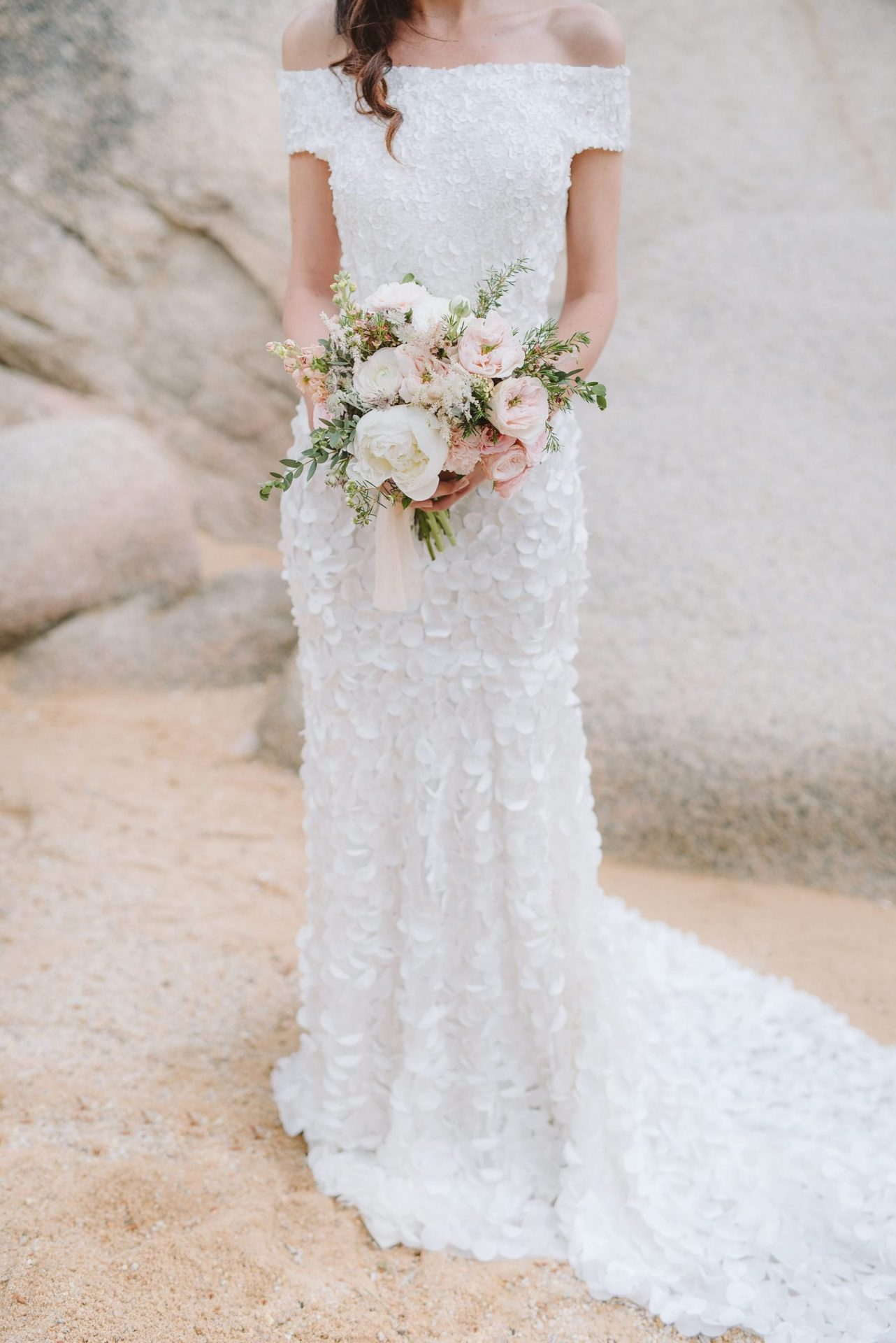 Elopement in Costa Smeralda, bride bouquet