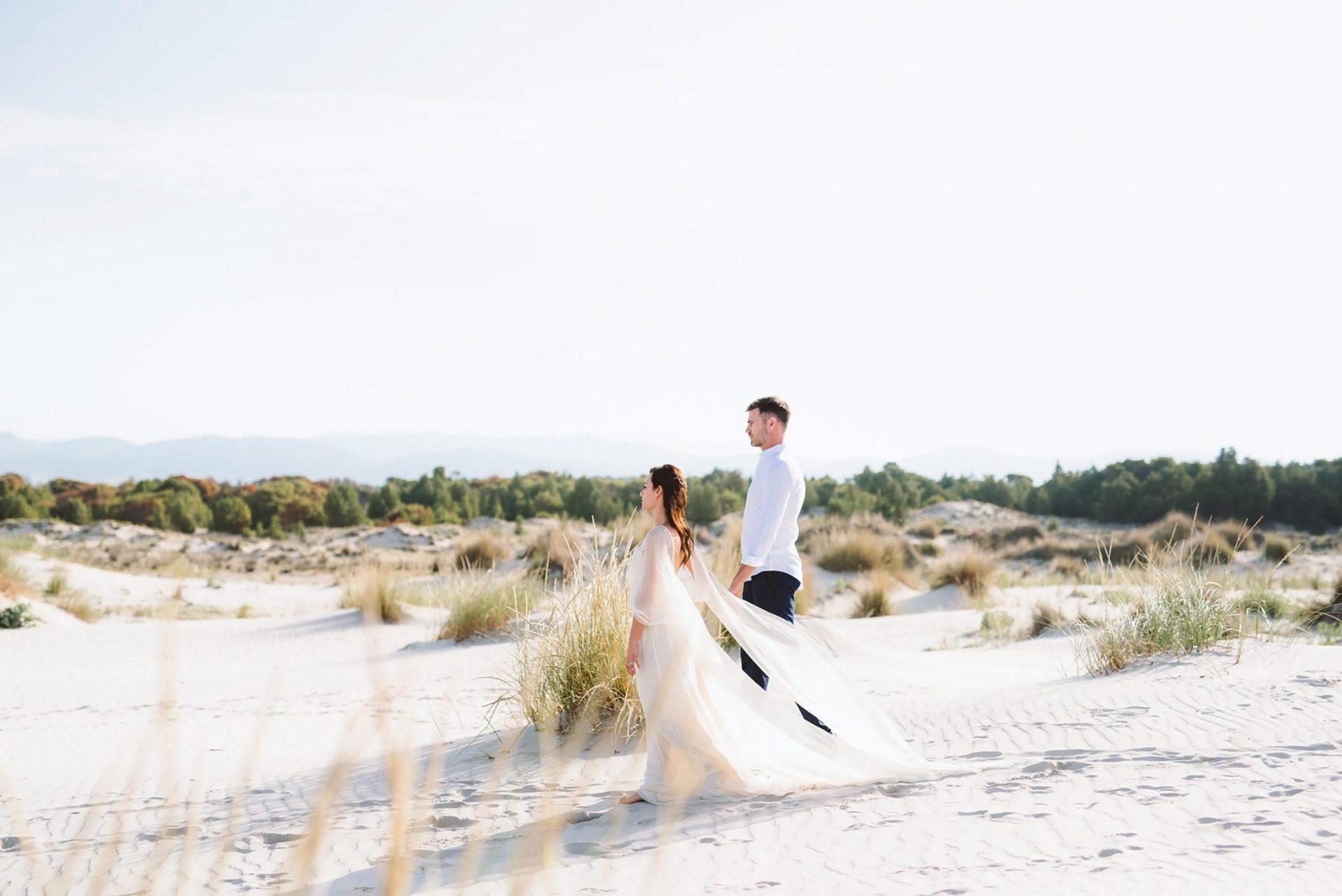 Elopement in Sardinia, send dunes