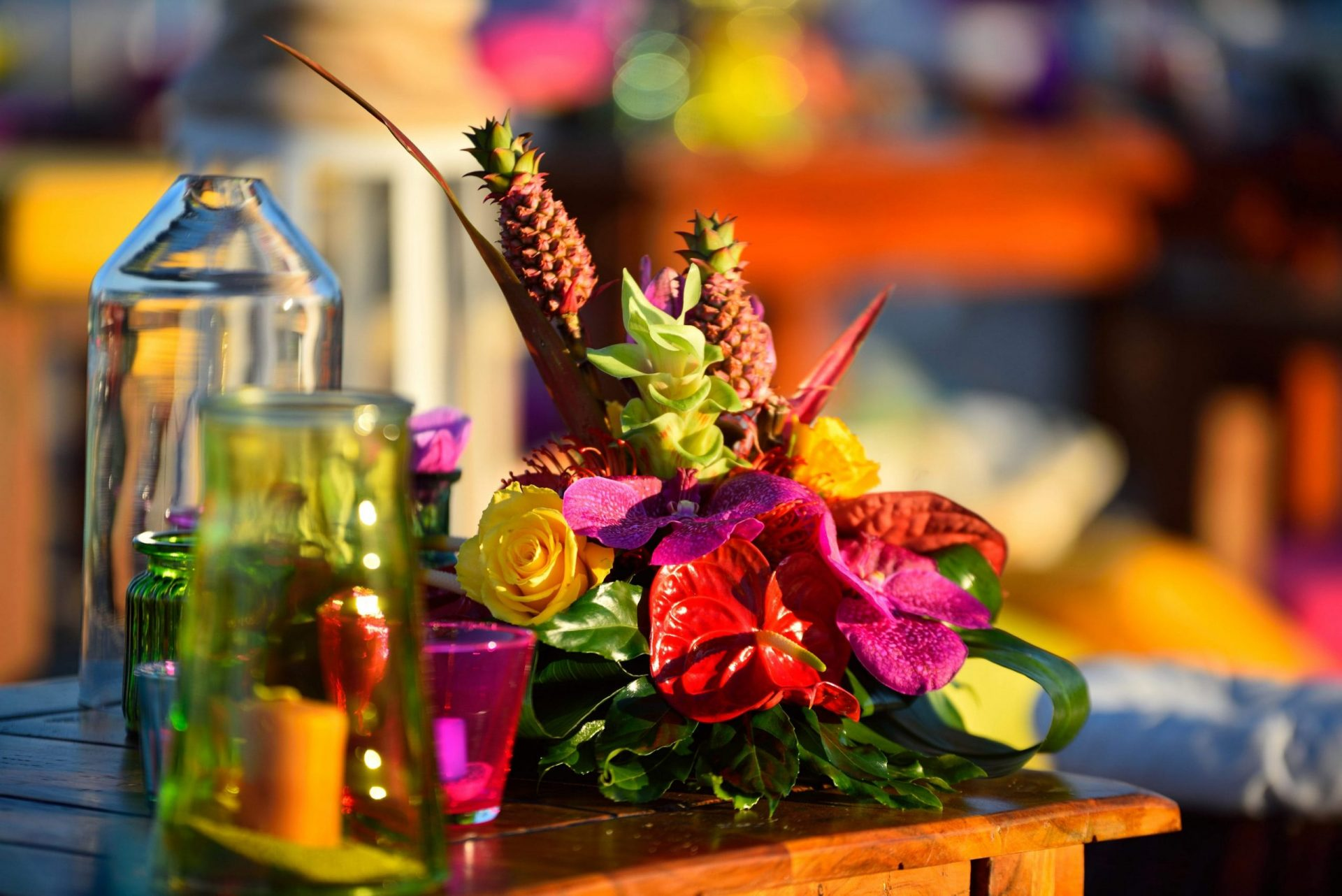 Tropical party on the beach, decor detail