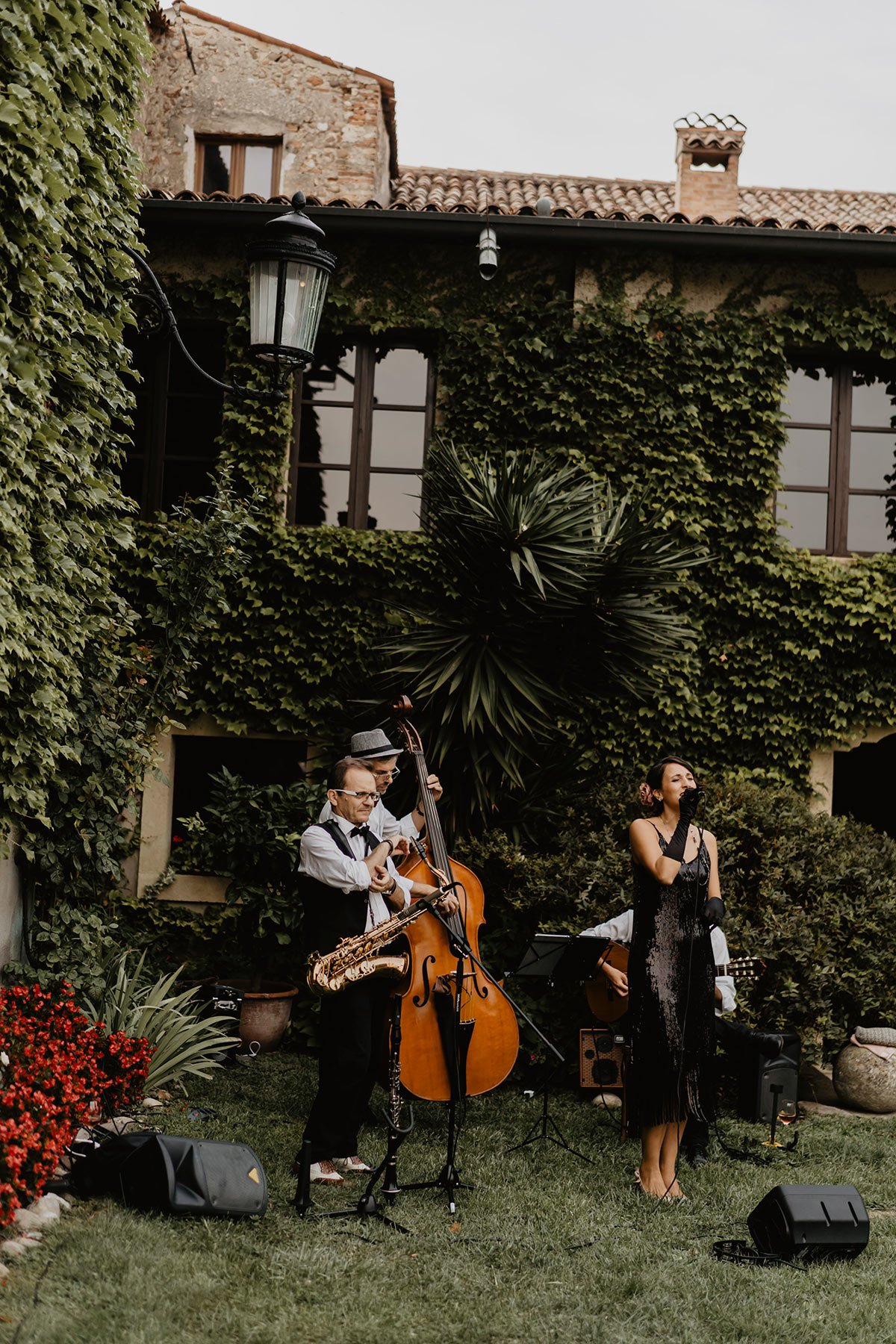 Ranya and Tarek, rehearsal dinner in Italy, music band