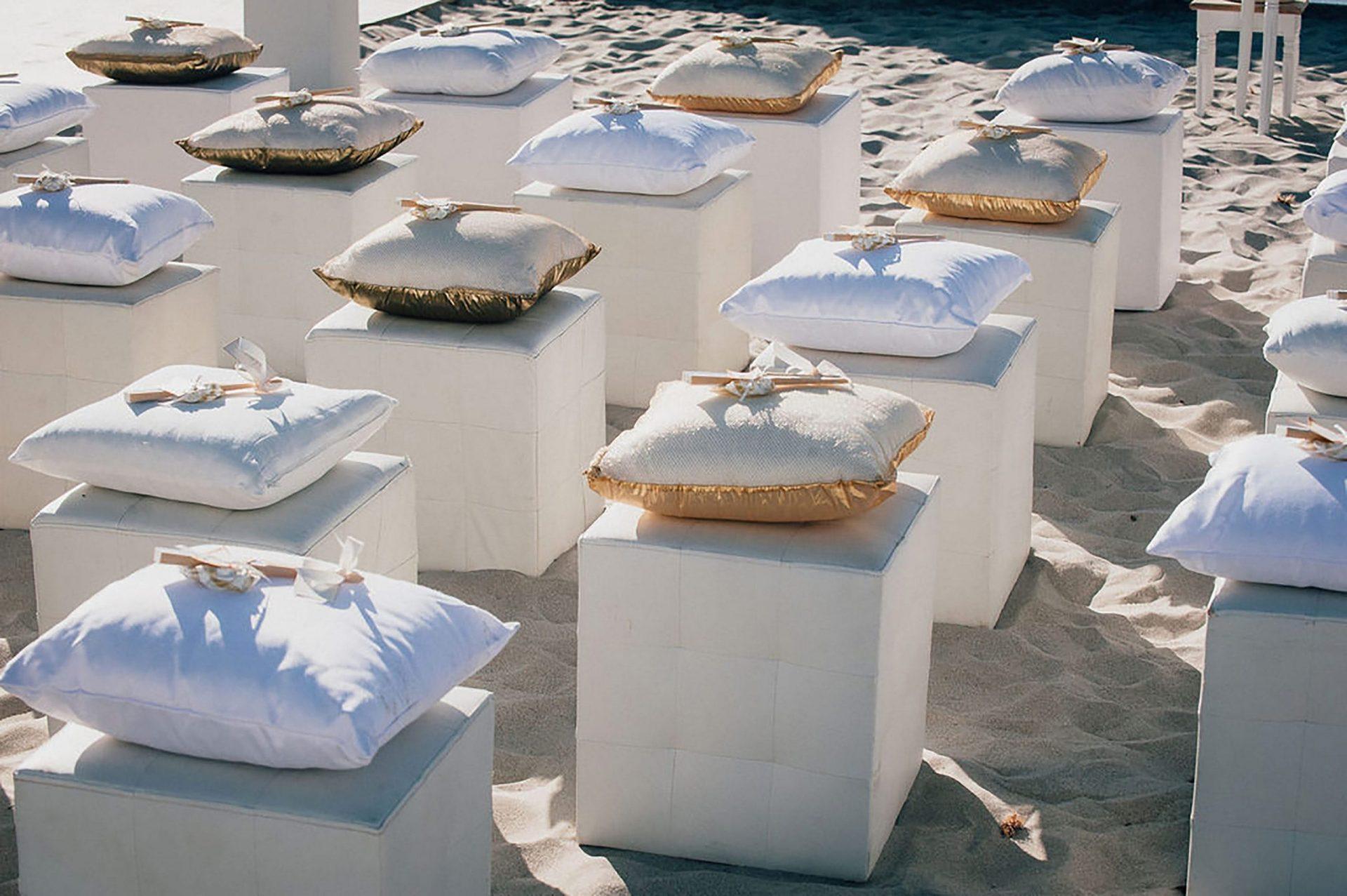 Andrea and Sebastien, wedding on the beach