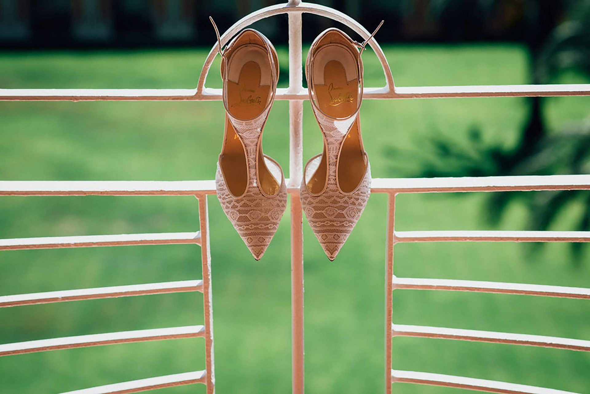 Andrea and Sebastien, the bride shoes