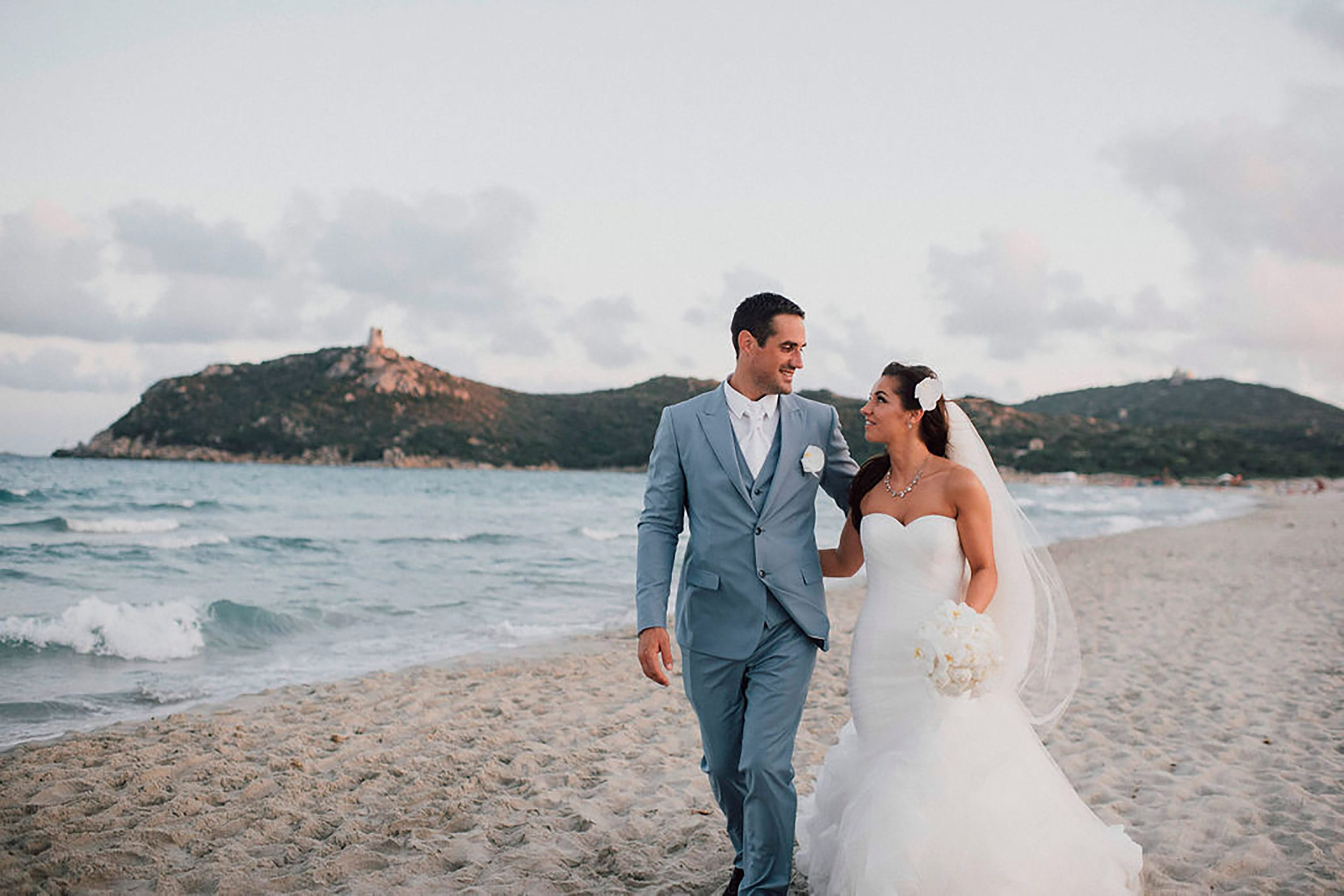 Andrea and Sebastien, wedding on the beach